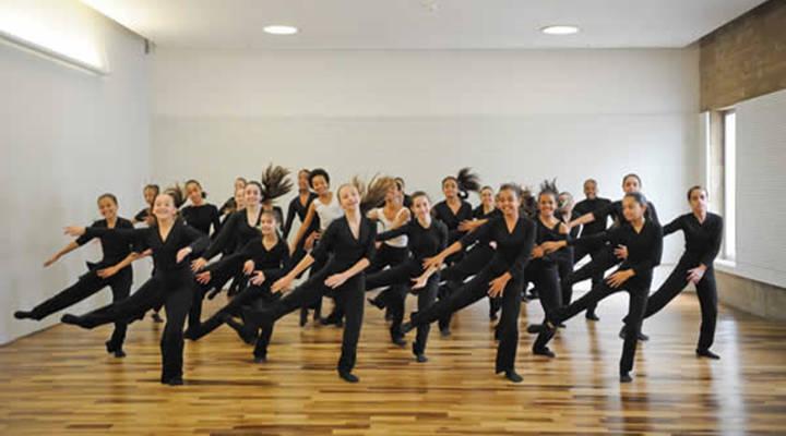 8 estilos de dança que estão na moda em 2021