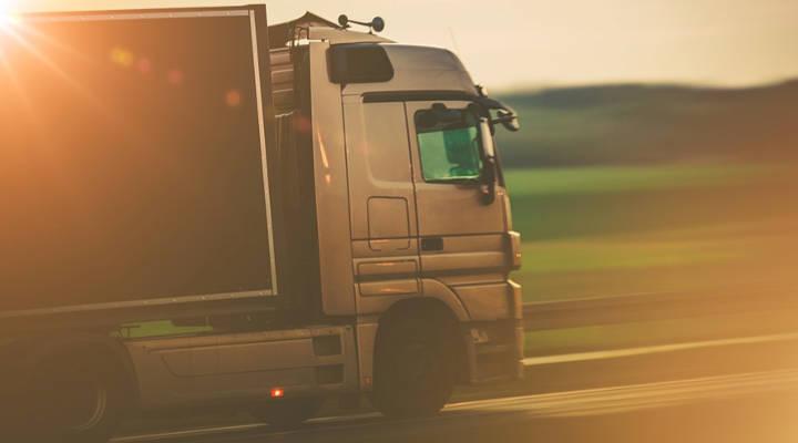 Como fazer um bom anúncio oferecendo fretes para sua transportadora