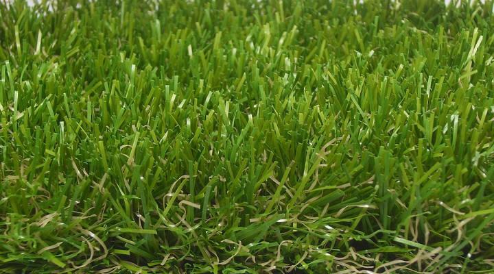 Quanto custa instalar grama artificial? Preços 2021