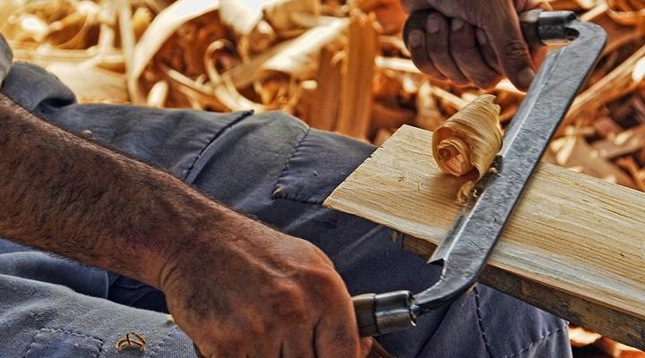 Quanto custa serviço de carpintaria: como calcular o preço final