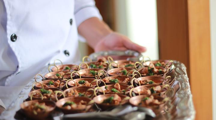 Quanto custa serviço buffet para evento corporativo